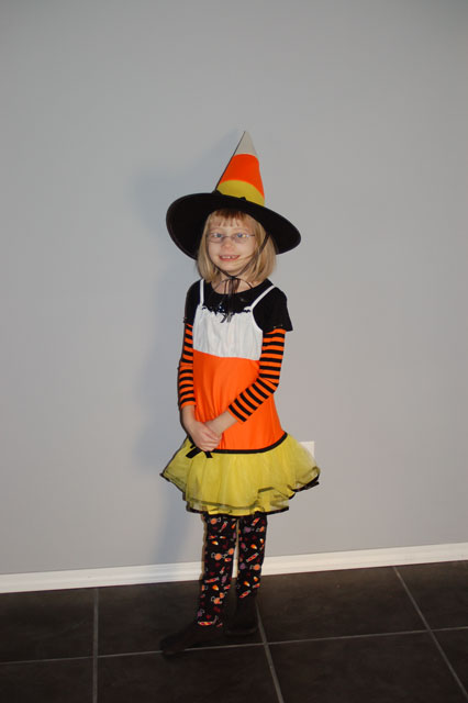 big-candy-corn-witch